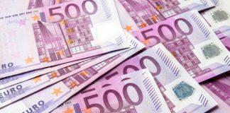 Šiauliuose suaktyvėjo pinigų padirbinėtojai - į apyvartą leidžia net nebegaminamas 500 eurų kupiūras.