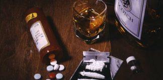 Alkoholis ir narkotikai nedera su automobilio vairavimu.