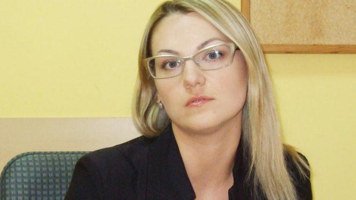 Aistė Ginaitienė, savivaldybės gydytoja, pirmoji E.Mončausko žmona.