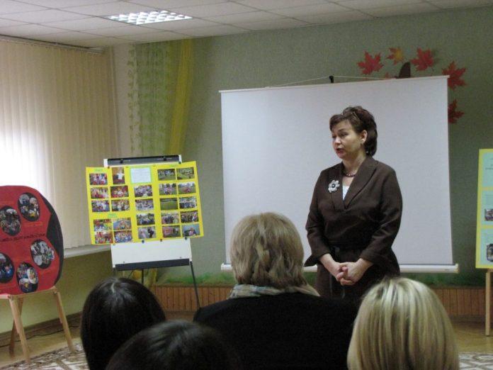 Jolanta Pranevičienė, darželio direktorė, kuri be jokios sąžinės graužaties užėmė vietą neįgaliems vaikams skirtame autobuse.